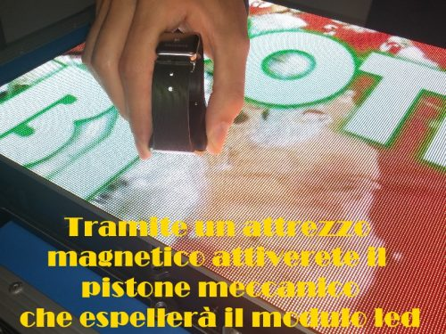 Display alta risoluzione 1.5mm indoor sistem frontal service automatic